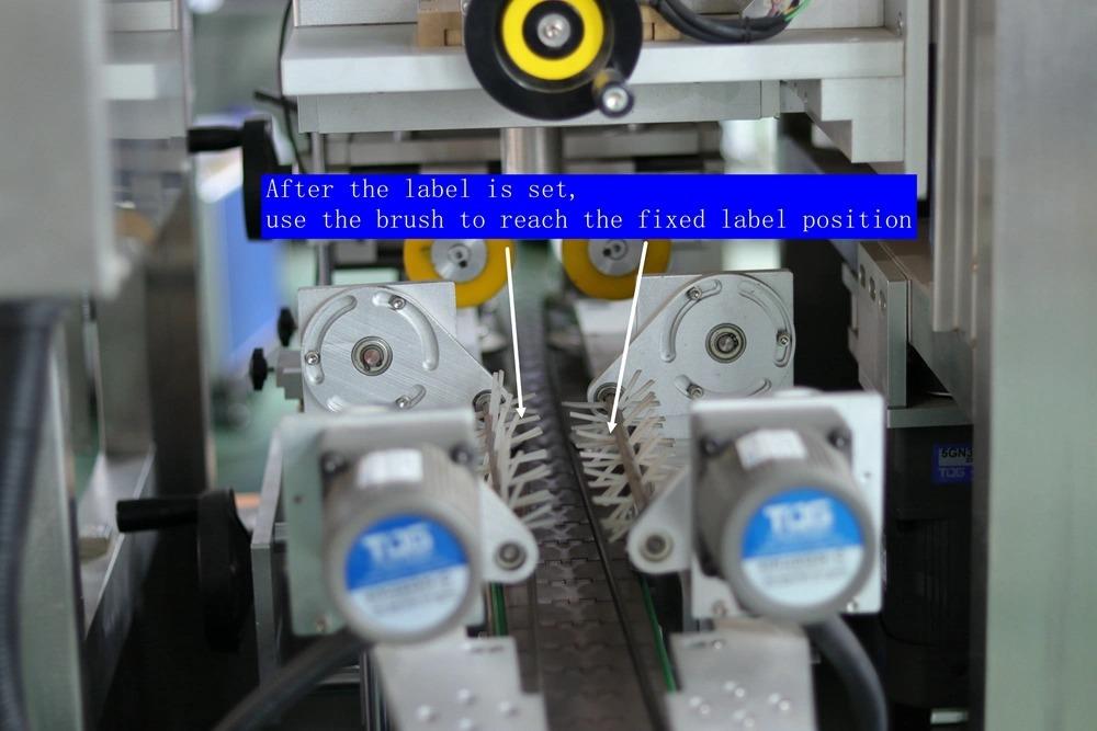 Butelio kaklo dangtelio sandarinimo automatinė susitraukiančių rankovių ženklinimo mašina