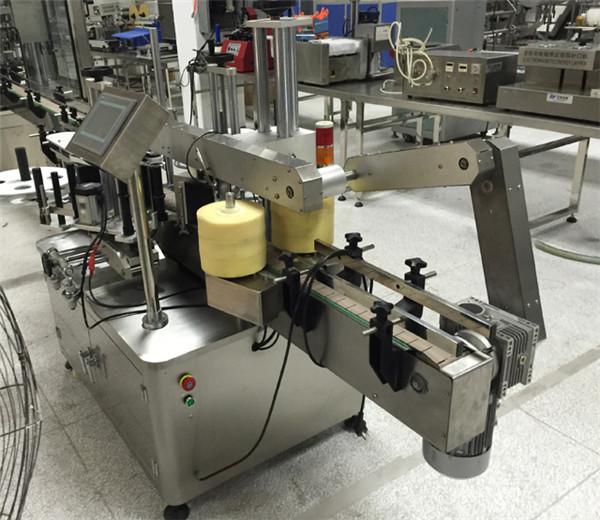 Plastikinių stiklo butelių dvipusė lipdukų etikečių klijavimo įranga